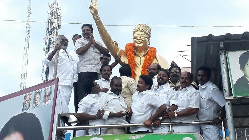 `தேர்தல் முடிவுக்கு பிறகு இந்த ஆட்சி இருக்காது!' - தினகரன் திட்டவட்டம்