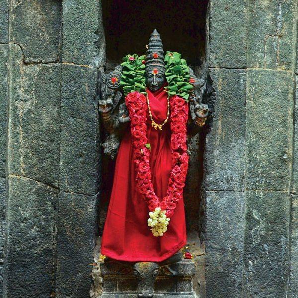 கேள்வி பதில் - துர்காதேவிக்கு ராகுகால பூஜை ஏன்?