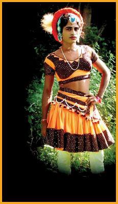நீதாண்டா உண்மையான கலைஞன் !