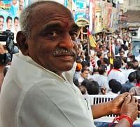 தமிழக பா.ஜ.க.வுக்கு  புதிய தலைவர்: கட்சி நிர்வாகிகளிடம் கருத்து கேட்பு!