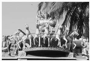 சிவகங்கையில்... மகாபெரியவா தந்த அபய ஹஸ்த சனீஸ்வரர்!