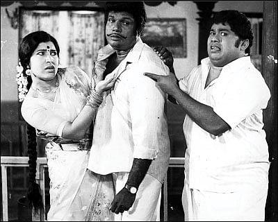 """""""ரியல் கரகாட்டக்காரங்களையே மிஞ்சிட்டோம்!"""" - கோவை சரளா லகலக"""