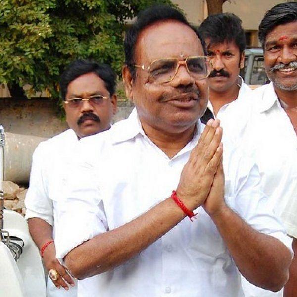 ` சிக்கல் சபாநாயகருக்குத்தான்... 3 பேருக்கு அல்ல!' - தினகரனின் `120' ஆதாரங்கள்
