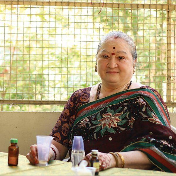 சென்ட் தயாரிப்பு - ராணி