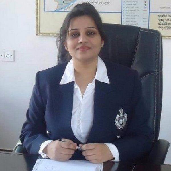ஐ.பி.எஸ் அதிகாரி ரூபா