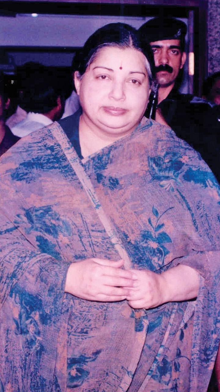 சசிகலா ஜாதகம் - 73 - 'தனக்குத் தெரியாமலேயே...' - ஜெயலலிதா ராஜினாமா ரகசியம்
