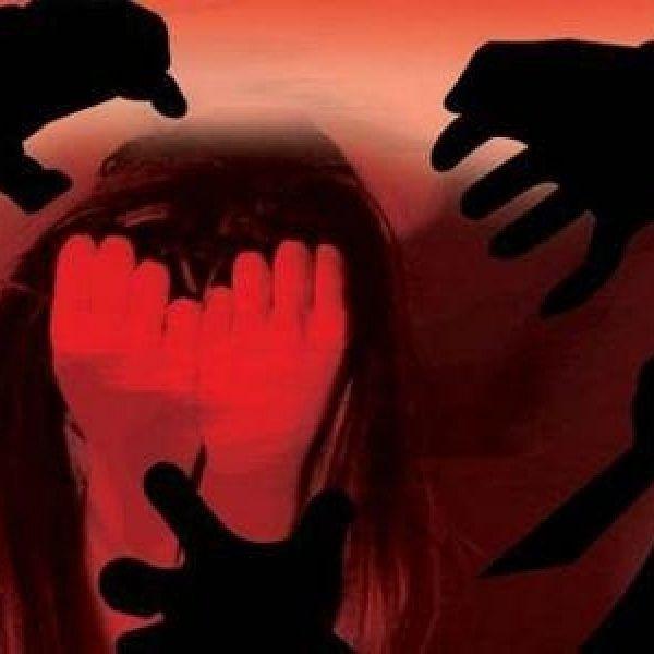உலகம் முழுக்க பெண் மனம் சொல்லும் #Metoo ஹேஷ்டேக்! என்ன சொல்கிறார்கள் பெண்கள்?