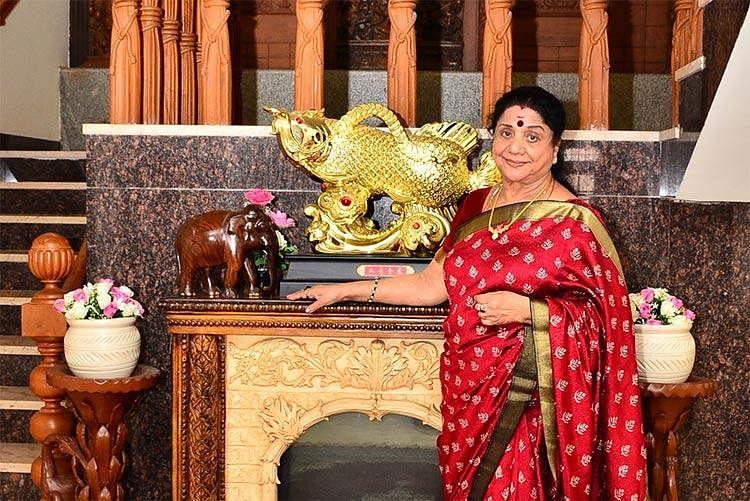 """'' 'உடல் எடையைக் குறைக்க குளிர்ந்த நீரில் குளிக்கிறேன்' என்பார் தேவிகா!"""" - விஜயகுமாரி #DevikaMemories"""