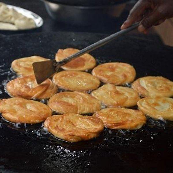 காஞ்சிபுரம் இட்லி, கரூர் கரம்... தமிழ்நாட்டின் சில சிக்நேச்சர் உணவு வகைகள்!