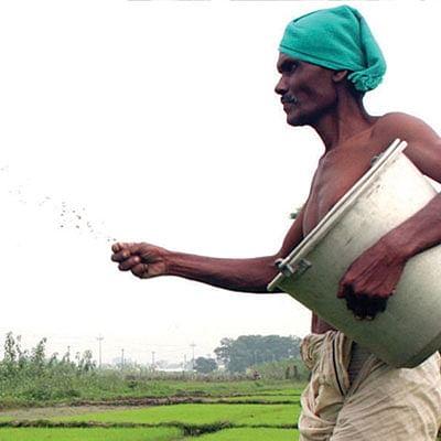 ''கடன் தள்ளுபடியால் அரசியல்வாதிகளுக்குத்தான் ஆதாயம்!''