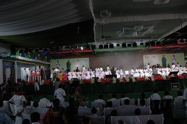 எம்.ஜி.ஆர் நூற்றாண்டு விழா மேடையில் தீ விபத்து!