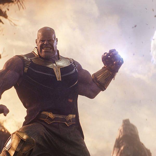 """""""25 சூப்பர் ஹீரோக்கள்...  ஒரு சூப்பர் வில்லன் தேனோஸ்!"""" #AvengersInfinityWar படம் எப்படி?"""