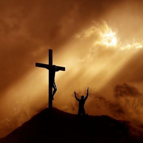`இயேசுவின் சிலுவைச் சாவு... ஒரு மீட்பின் அடையாளம்!' புனித வெள்ளி சொல்லும் சேதி! #GoodFriday