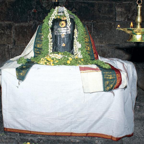 குறை தீர்க்கும் கோயில்கள் - 2 - சர்க்கரை நோய் தீர்க்கும் வெண்ணி கரும்பேஸ்வரர்!