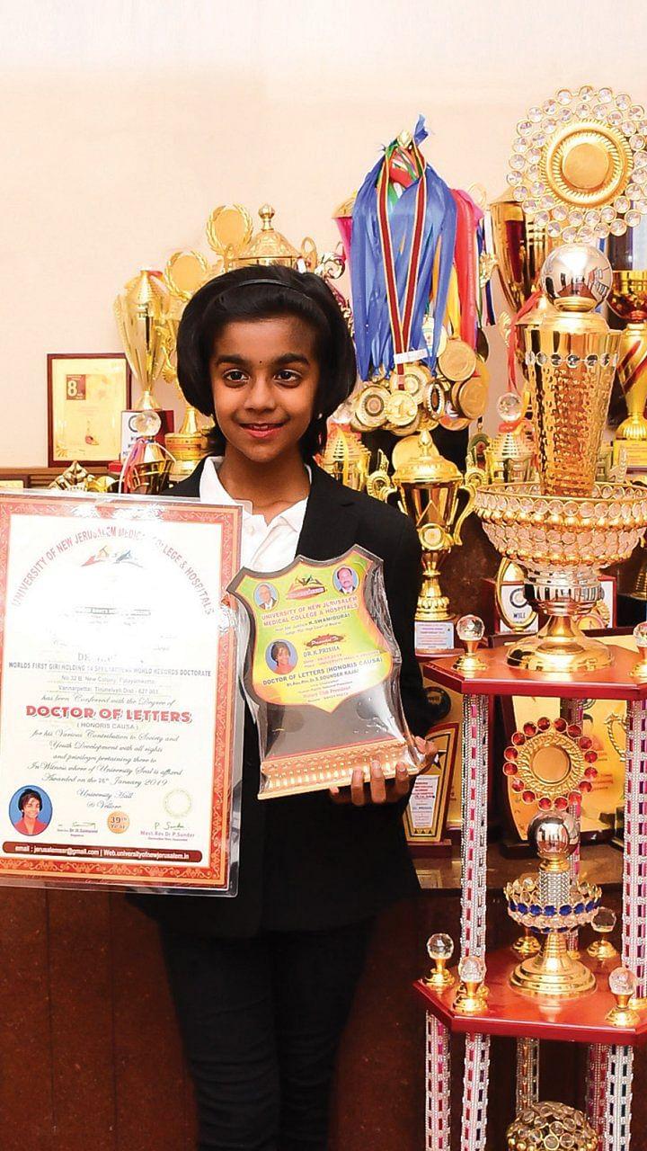 வயது 9, உலகச் சாதனை 14 - 'யோகா' பிரிஷா