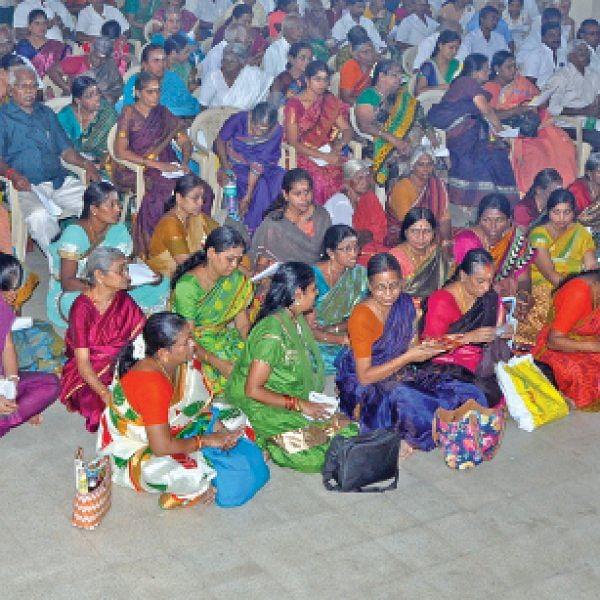 கேள்வி பதில்: விஷ்ணு சகஸ்ரநாமத்தைப் பெண்கள் பாராயணம் செய்யலாமா?