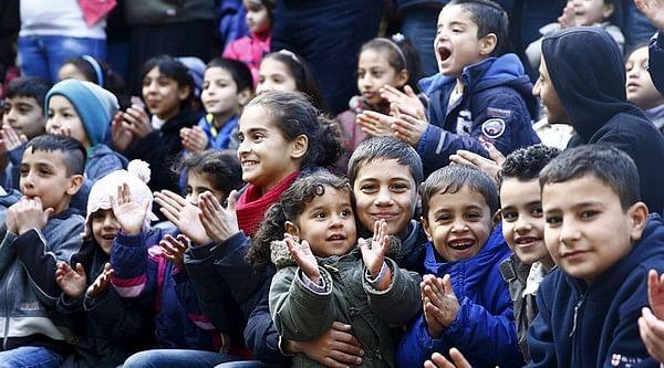 1,96,000 அகதி குழந்தைகள் மீது ஜெர்மனியின் அக்கறை!
