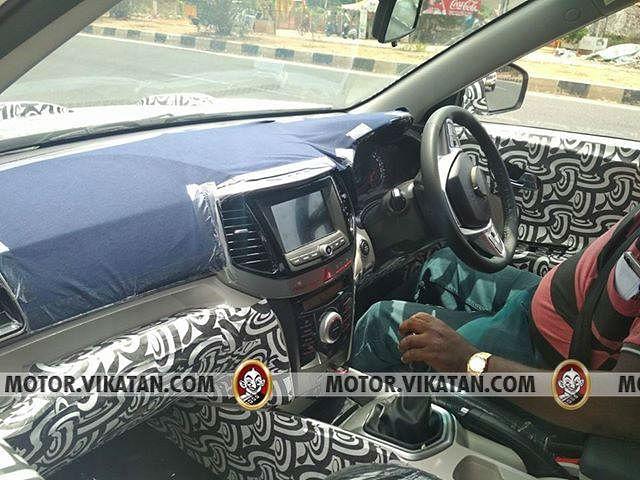 மஹிந்திரா S201 கேபின் எப்படி... விட்டாரா பிரெஸ்ஸா, க்ரெட்டாவுக்குப் போட்டி?!