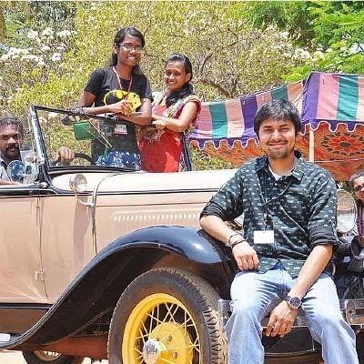 100 ரூபாய்க்கு வின்டேஜ் ரைடு!