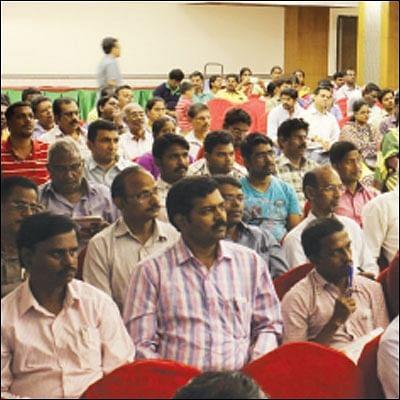 சென்னை மாதவரம், சேலம் கூட்டங்கள்... குடும்பத்துடன் வந்த முதலீட்டாளர்கள்!