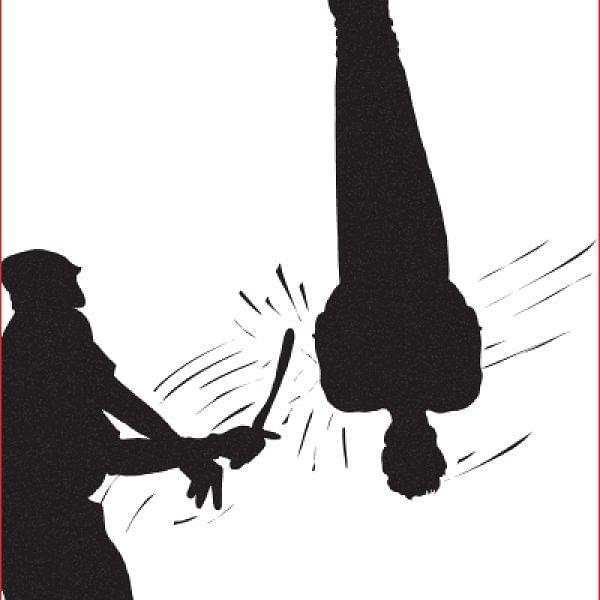 அப்பாவிகளைத் தாக்கிய போலீஸார்... - அதிரடி தீர்ப்பளித்த மனித உரிமைகள் ஆணையம்!