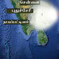தானே புயல் அப்டேட்ஸ்: தமிழகம், புதுவையில் 33 பேர் பலி