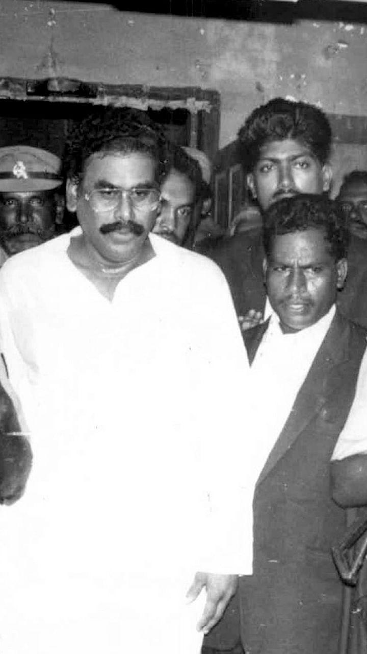 சசிகலா ஜாதகம் - 71 - நடராசன் வீட்டில் ஜெயலலிதா ராஜினாமா கடிதம்!