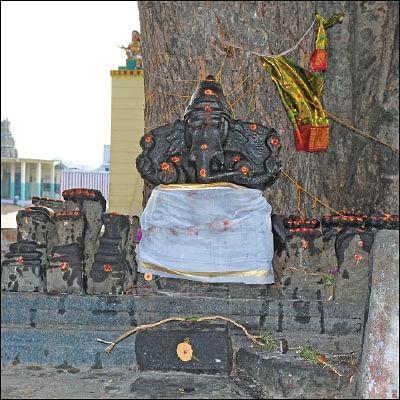 முந்தி விநாயகனே...