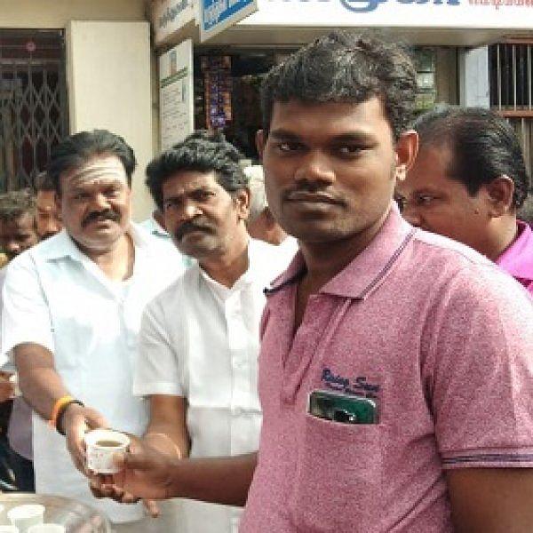 நிலவேம்புக் கசாயம் அரசியலில் களம் இறங்கிய ரஜினி மக்கள் மன்றம்!