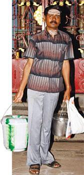 வாசகர் வாய்ஸ் - கற்றது தமிழ்  விற்பது சுண்டல்!