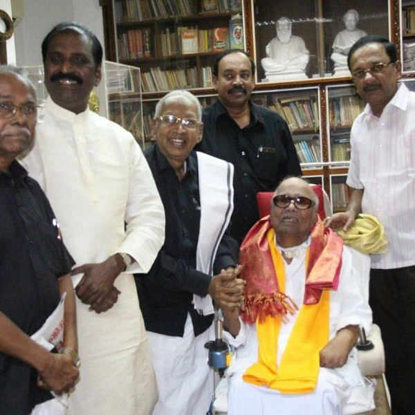 தி.மு.க தலைவர் கருணாநிதியுடன் கி.வீரமணி, வைரமுத்து சந்திப்பு!