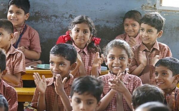 என் மகள் படிக்கும் புதிய கற்றல் முறையில் தொடர்ந்து படிக்கலாமா? கல்வியாளர் விளக்கம் #DoubtOfCommonMan