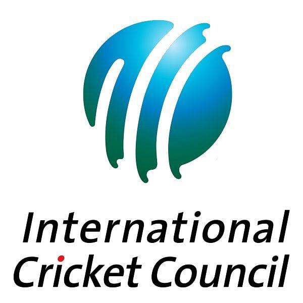 """``இனி இப்படி பேசுவியா?"""" முறையற்ற ரசிகர் ஒருவருக்கு ICC-யின் அதிரடி பதில்!"""