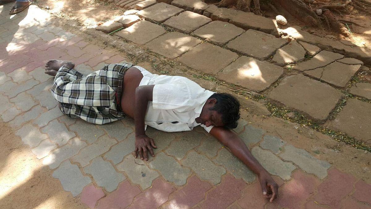 விஷம் அருந்தி ஒருவர் மயக்கம்..! சிவகங்கை எஸ்.பி வளாகத்தில் பரபரப்பு