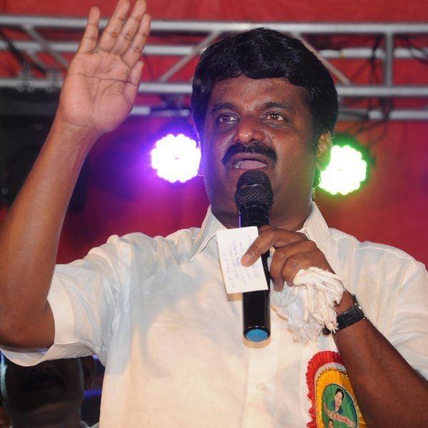 `அடுத்தவாரம் இருக்கு கச்சேரி!' - புதுக்கோட்டையில் அமைச்சர் விஜயபாஸ்கர் ஆவேசம்