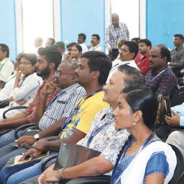 நாணயம் பிசினஸ் கான்க்ளேவ்... வளர்ச்சிக்குக் கைகொடுக்கும் தொழில்நுட்பம்!
