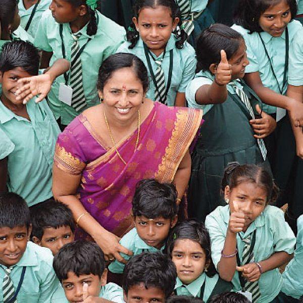 முதலில் குட்டி கமாண்டோ... அடுத்து கிரீன் கமாண்டோஸ்! - தேசிய நல்லாசிரியர் விருது பெற்ற ஸதி