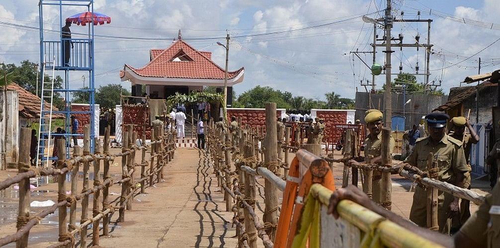 மருது சகோதரர்கள் குருபூஜை: கட்சித்தலைவர்கள் அஞ்சலி!