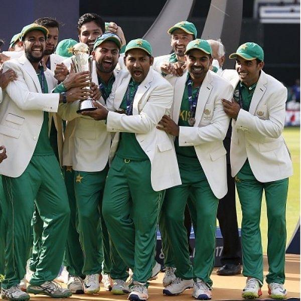 ஜமான் சென்ச்சுரி... அமீர் ஸ்பெல்... சாம்பியன் பாகிஸ்தான்... இது ஸ்க்ரிப்ட்டிலேயே இல்லையே! #IndVsPak #MatchAnalysis #CT17