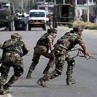 அஸ்ஸாமில் தீவிரவாதிகள் தாக்குதல்: 10 பேர் பலி!