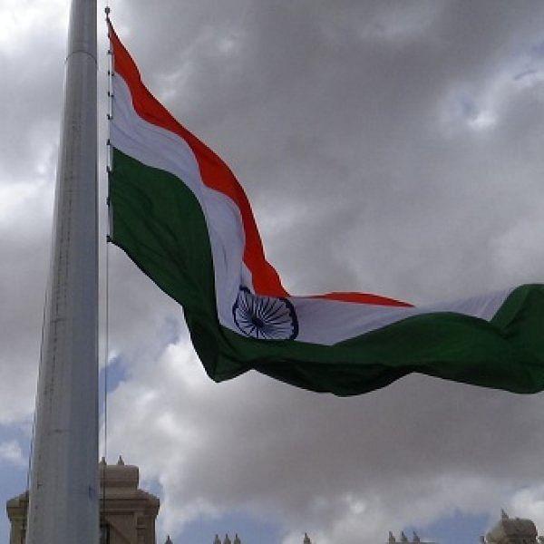 மனோன்மணியம் சுந்தரனார் பல்கலைக்கழகத்தில் 100 அடி உயரத்தில் பறக்கும் தேசியக் கொடி!