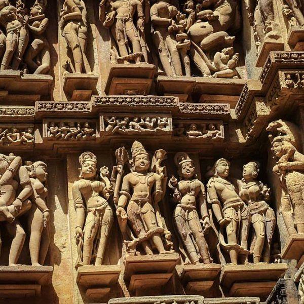 கஜுரஹோ சிற்பங்கள் - சிறப்பு புகைப்பட்டத் தொகுப்பு: படங்கள்: அ. சரண் குமார்