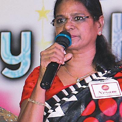 ``வழிகாட்டும் ஒளியாகி மகிழ்கிறோம்!'' - பிரேமா - ரேவதி - சுஜாதா