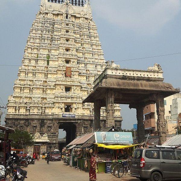 சோமாஸ்கந்தர் சிலை விவகாரம் - காஞ்சிபுரம் ஏகாம்பரநாதர் கோயிலில் நடப்பது என்ன?