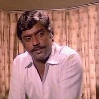 ரஜினி, கமலுக்கிடையே விஜயகாந்த் வல்லரசானது எப்படி? #HBDCaptain