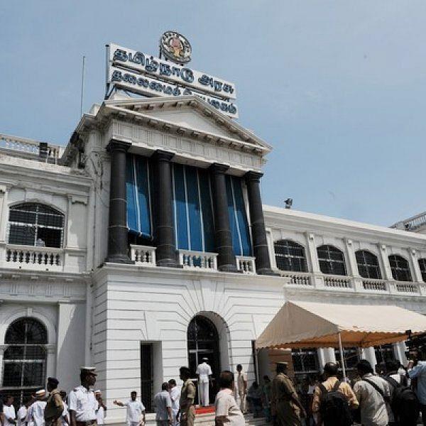 முதல்வர் எடப்பாடி பழனிசாமி தலைமையில் இன்று அமைச்சரவைக் கூட்டம்