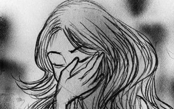 `10 வயது சிறுமிக்கு 51 வயது நபரால் நேர்ந்த கொடுமை!' - ஒரே நாளில் பதிவான இரு போக்சோ வழக்குகள்!