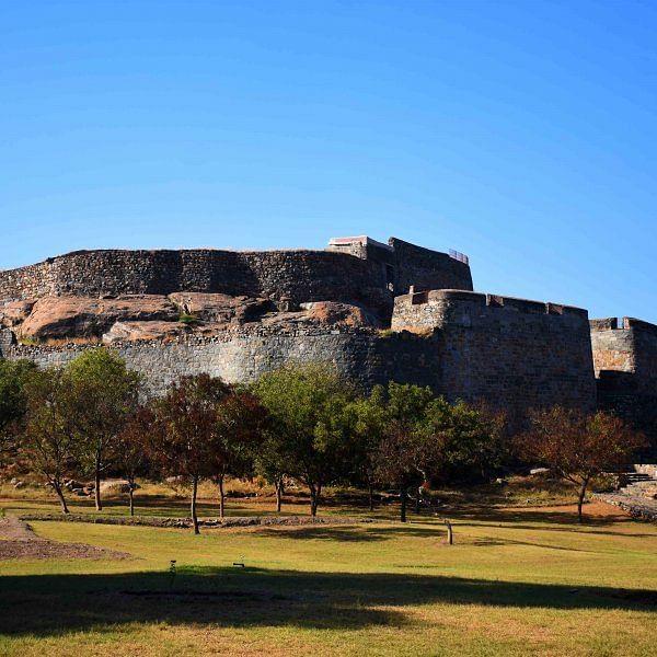 வால்கண்டா போர்...  தண்டனை கிணறு... ரஞ்சன்குடி கோட்டை தெரியுமா?