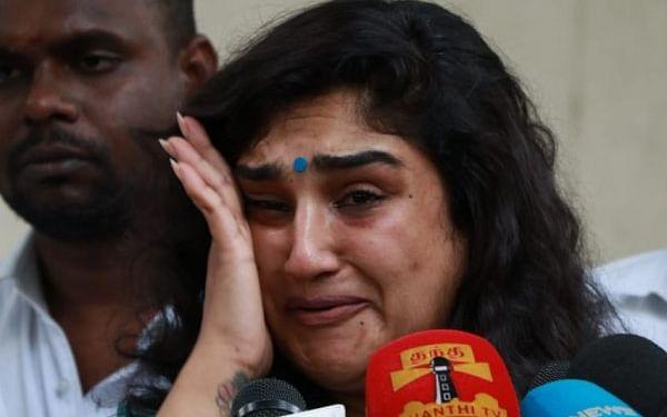 சென்னை: `நான் மூன்று குழந்தைகளின் தாய்... சிங்கிள் மதர்!' - கலங்கிய நடிகை வனிதா
