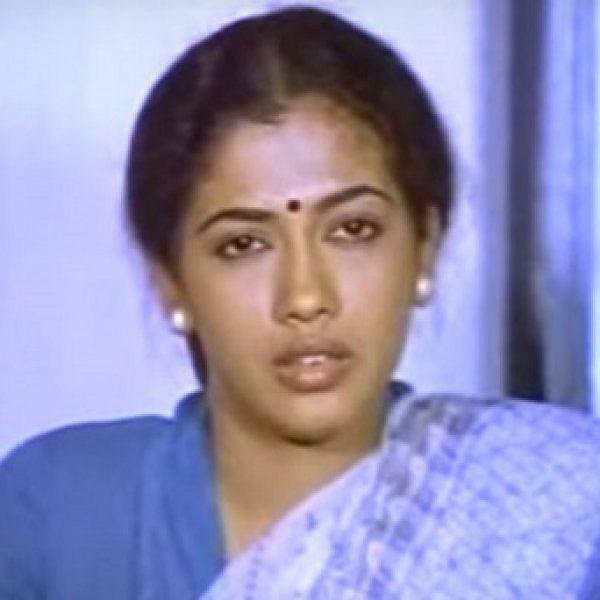 'அந்த நியூஸை வதந்தின்னு சொல்ல மாட்டேன்' - 'கடலோரக் கவிதைகள்' ரேகா